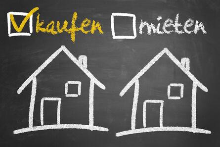 Ein Eigenheim mieten oder kaufen, alle Vorteile auf einem Blick.
